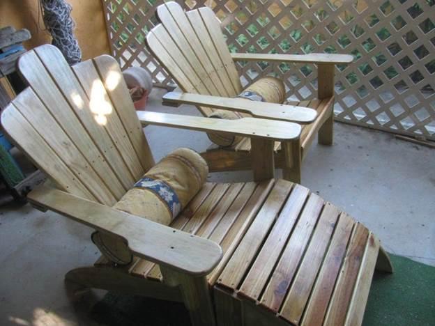 18. Adirondack Chaise Lounge