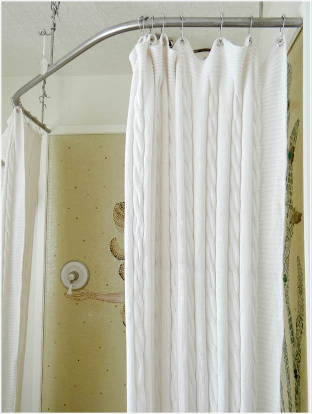 19. DIY Shower Curtain Made From Blanket