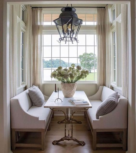 21. Breakfast Nook Ideas
