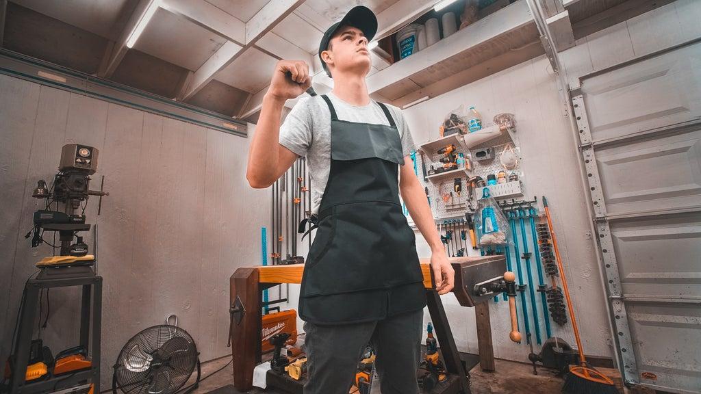 23. Woodshop Apron DIY