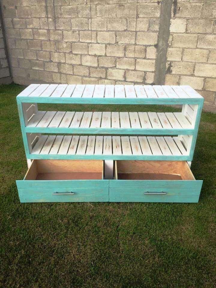25. DIY Pallet Sideboard