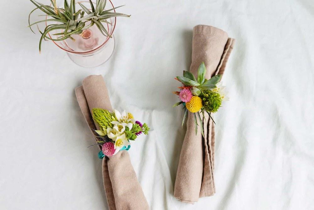 25. Floral Napkin Rings DIY