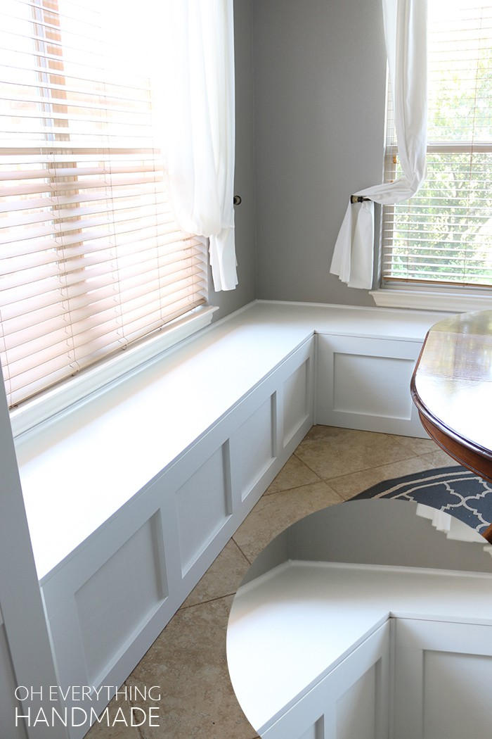 3. DIY Kitchen Nook Bench