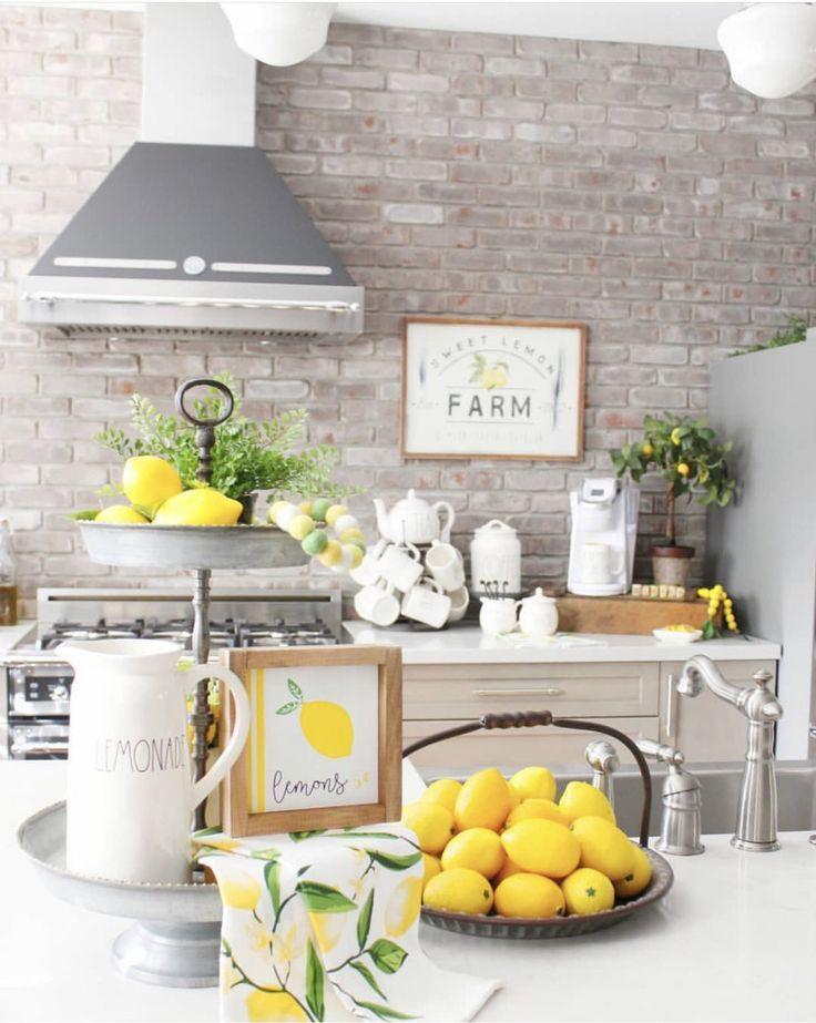 7. Farmhouse Style Lemon Kitchen Decor