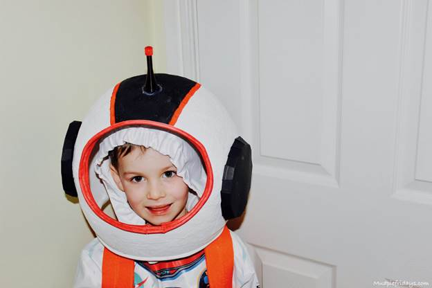 8. DIY Space Helmet For Your Kid
