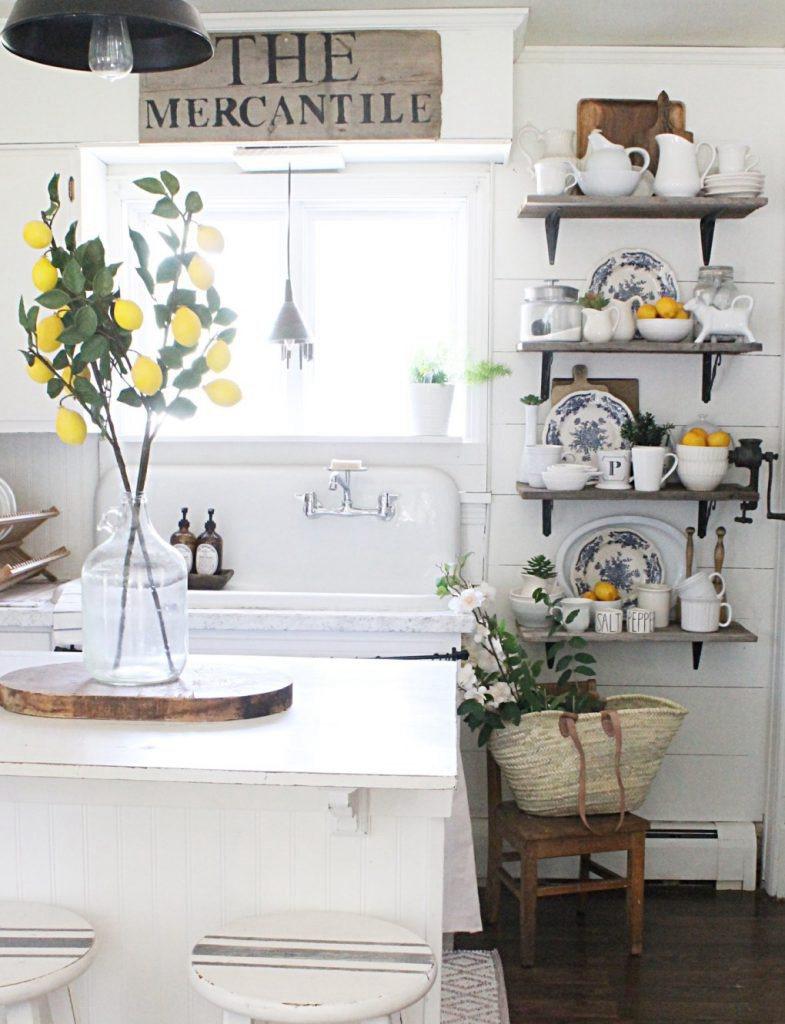 8. Lemon Kitchen Decor