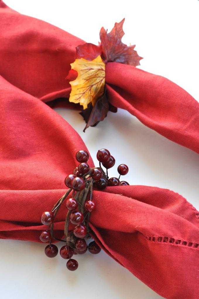 9. DIY Fall Napkin Rings