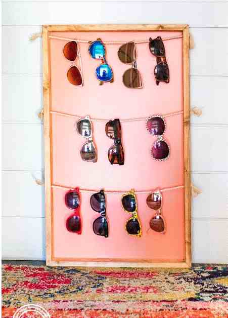 1-DIY-Sunglass-Holder-Wall-Display