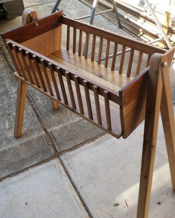 1-How-To-Build-A-Bady-Wooden-Bassinet