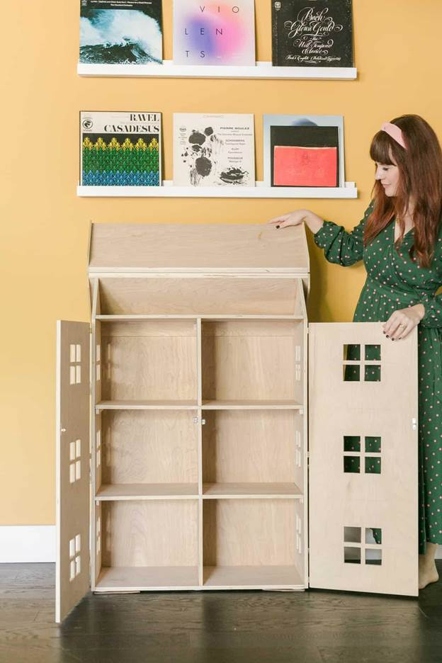 1-How-To-Build-A-DIY-Dollhouse