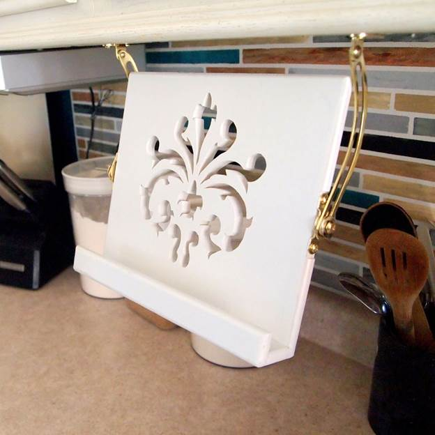 1-Under-Cabinet-Kitchen-Tablet-Stand