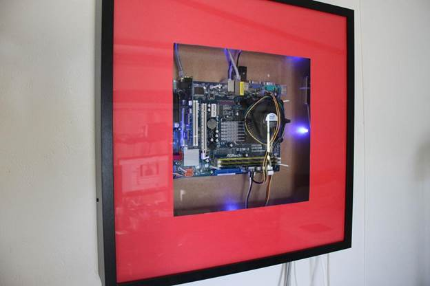 10-DIY-Computer-Case-using-Ikea-Ribba-Picture-Frames
