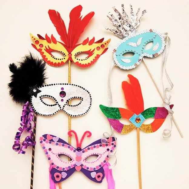 10-DIY-Masquerade-Mask