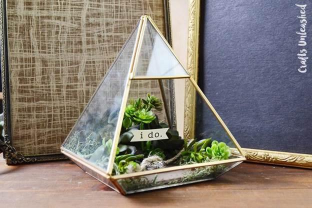 10-DIY-Ring-Box-Terrarium