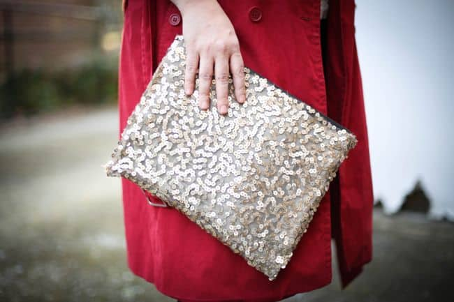 10-Sequin-DIY-Clutches