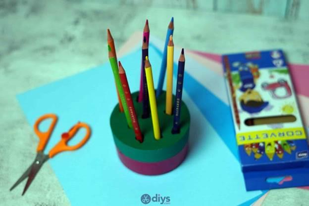 10-Simple-Concrete-Pencil-Holder