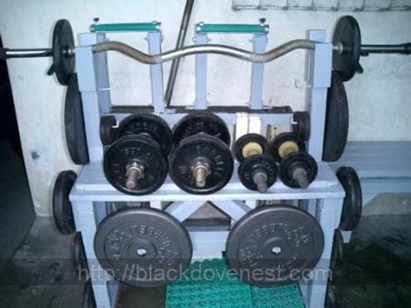 10-Weight-And-Dumbbell-Rack