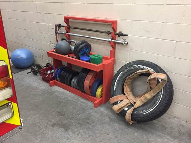 11-DIY-Barbell-And-Weight-Storage-Rack
