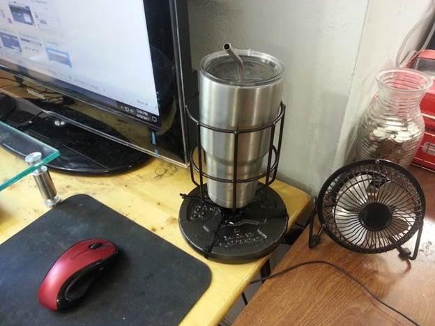 13-DIY-Desk-Cup-Holder