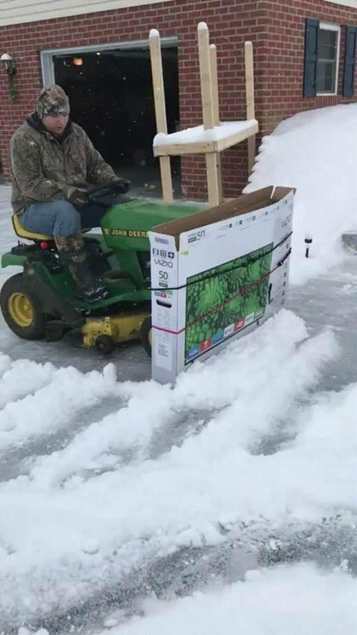 13-Funny-ATV-Snow-Plow