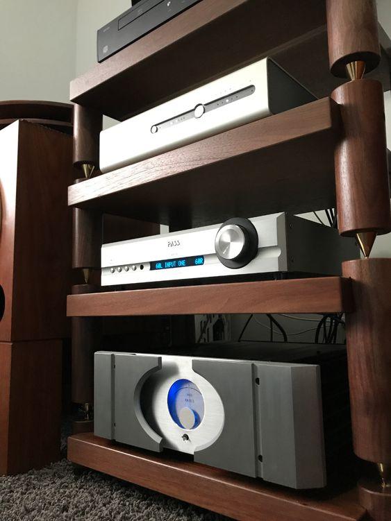 14-Fancy-Wooden-Audio-Rack-Idea
