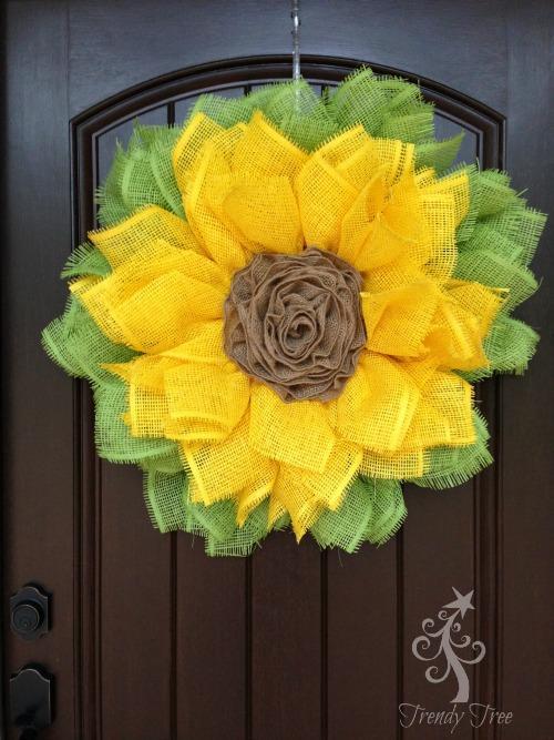 14-Sunflower-Ribbon-Rose-DIY