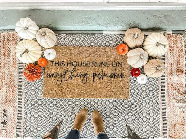 15-DIY-Fall-Stenciled-Doormat