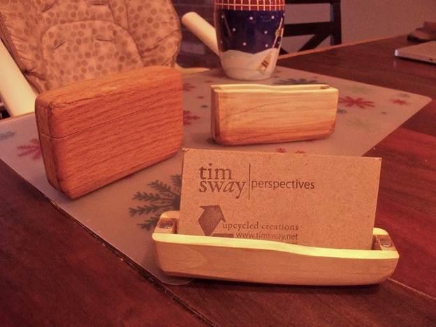 15-Pallet-Wood-Business-Card-Holder-DIY