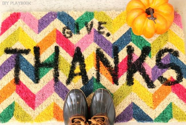 16-DIY-Doormat-For-Thanksgiving