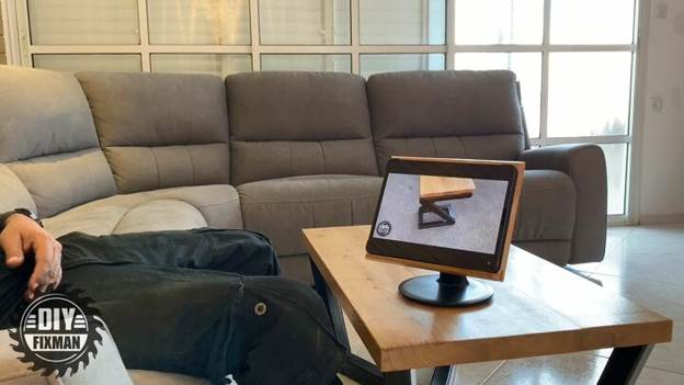 16-Homemade-Wooden-Tablet-Stand