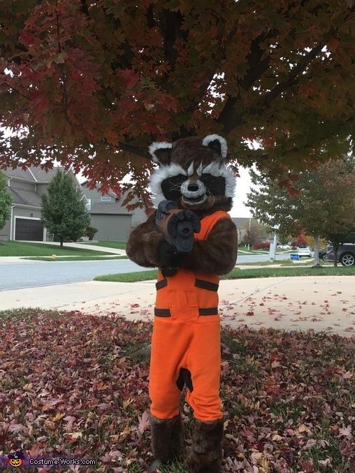 16-Rocket-Raccoon-Costume