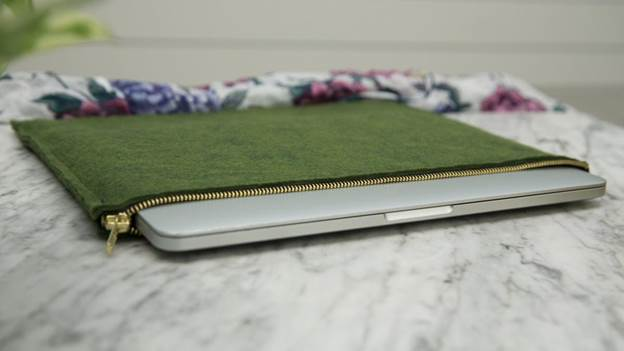 17-DIY-Laptop-Case