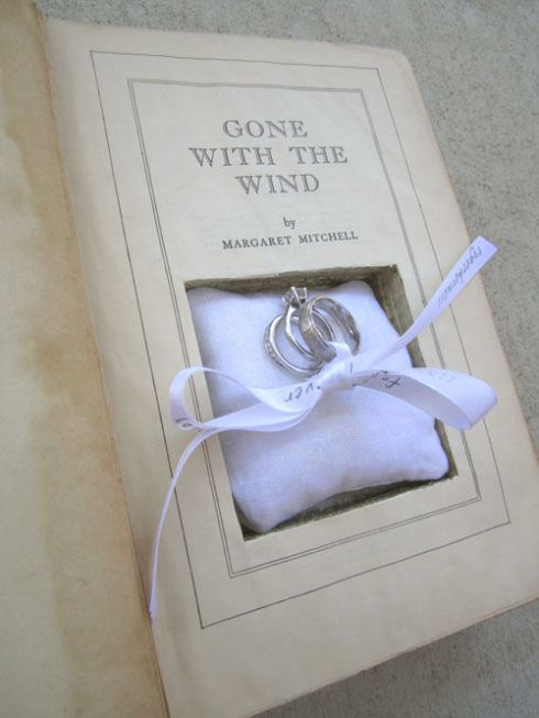 17-How-To-Turn-An-Old-Book-Into-A-Ring-Box