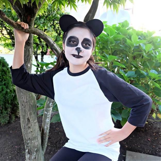 18-10-MInute-Panda-Costume-DIY