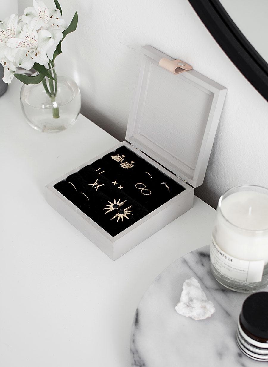18-DIY-Jewelry-Box