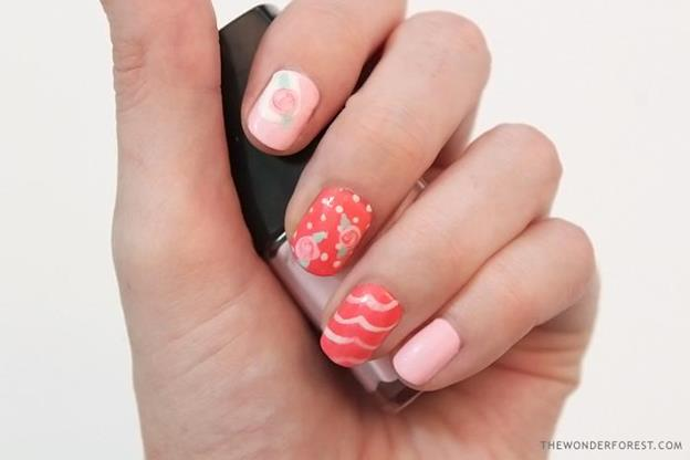 18-How-To-Make-DIY-Nails-Stickers