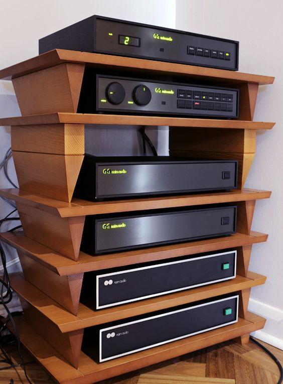 19-Fancy-Audio-Rack-Idea