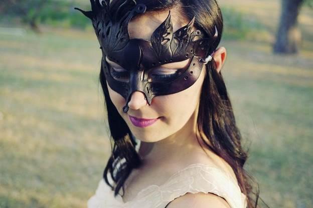19-Filigree-Masquerade-Mask