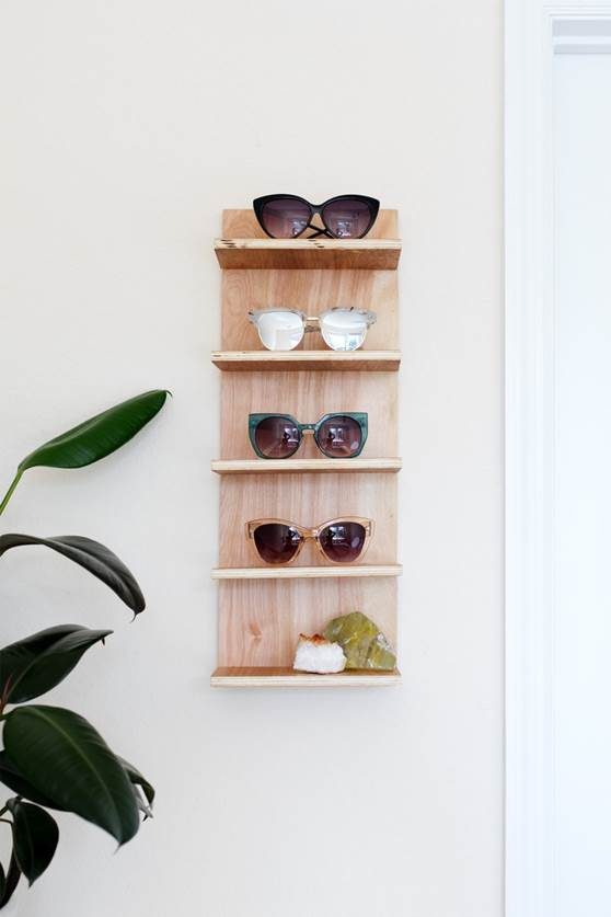 2-Renter-Friendly-DIY-Sunglasses-Holder