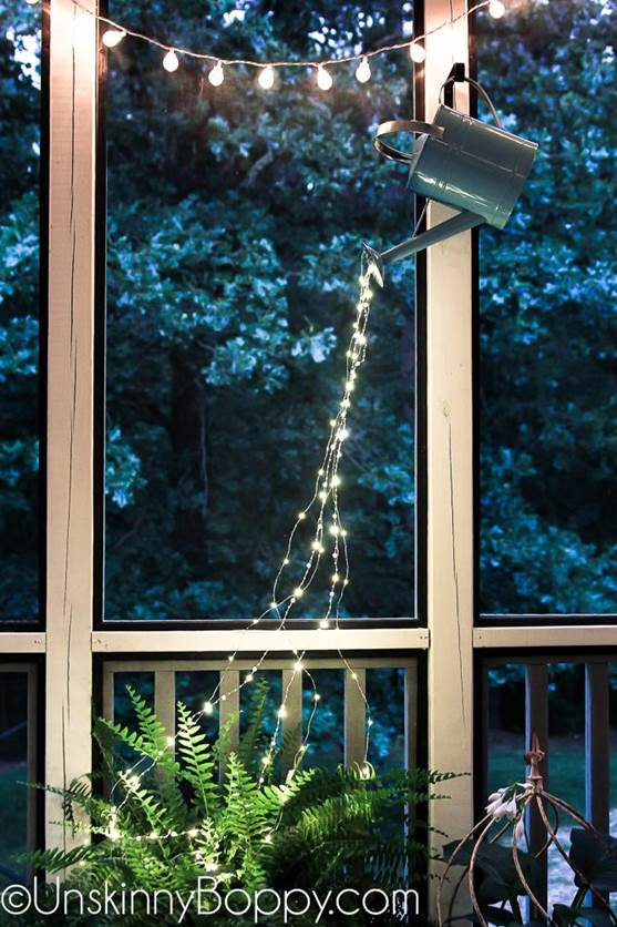 20-DIY-Watering-Can-With-Fairy-Lights