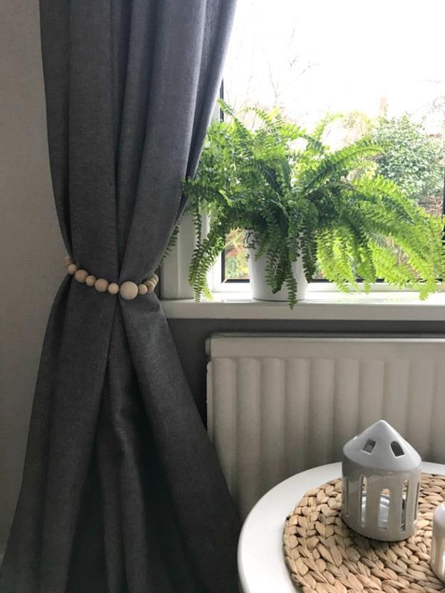 20-DIY-Wooden-Beads-Curtain-Tie-Backs