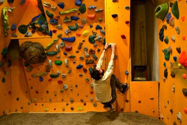 20-How-To-Build-A-Bouldering-Wall