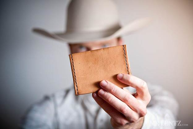 20-How-To-Make-A-Simple-Leather-Wallet