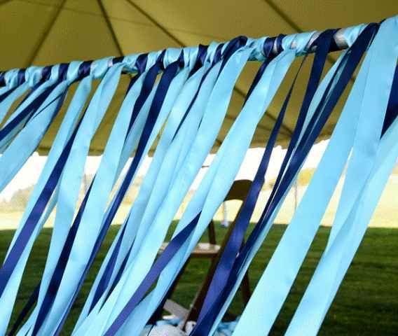 21-DIY-Friday-Ribbon-Curtain