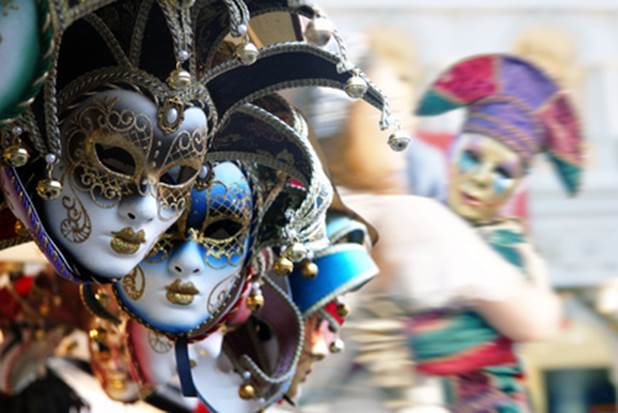 3-Tips-To-Make-Your-Own-Mardi-Gras-Mask