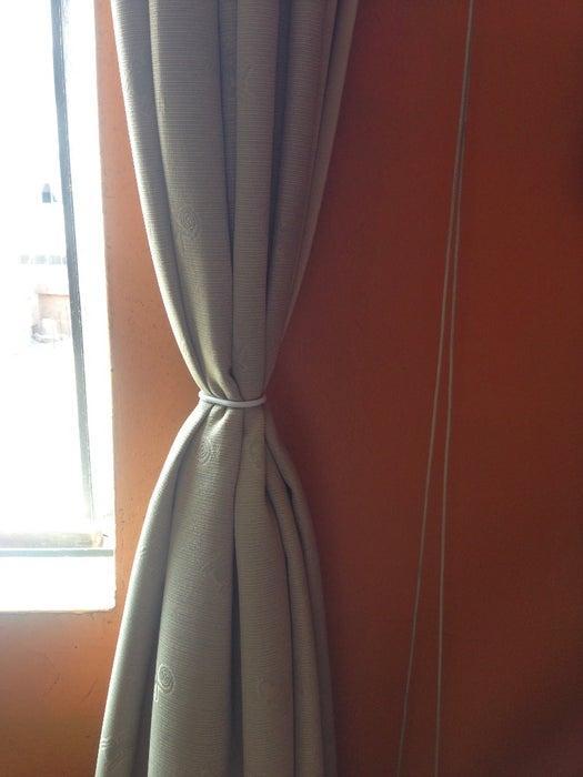 4-DIY-Curtain-Tie-Back