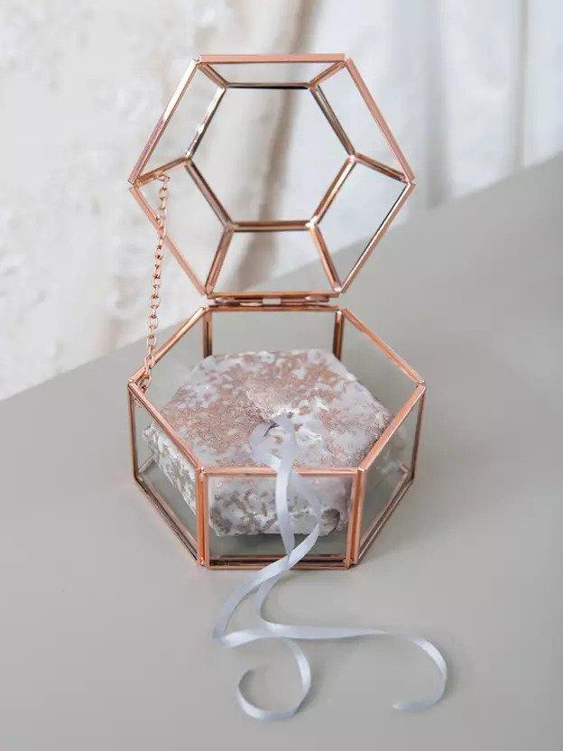 4-DIY-Hexagon-Ring-Box
