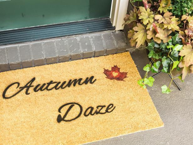 4-How-To-Make-A-Stenciled-Fall-Welcome-Mat