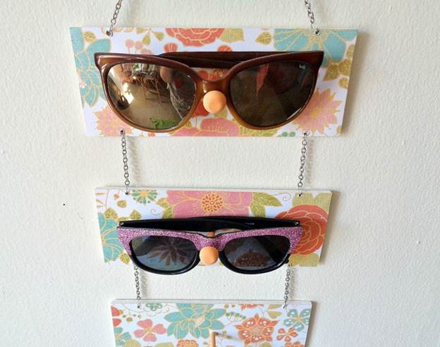 5-DIY-Sunglasses-Holder