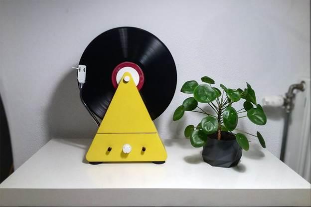 5-DIY-Vertical-Turntable